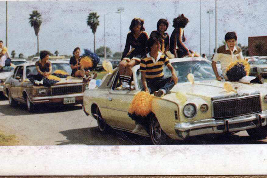 1478183921-hidalgo_high_school_1982_parade