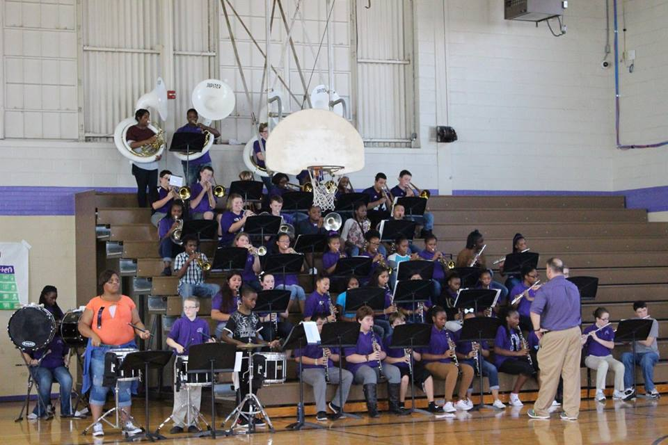 1496337291-band_at_pep_rally