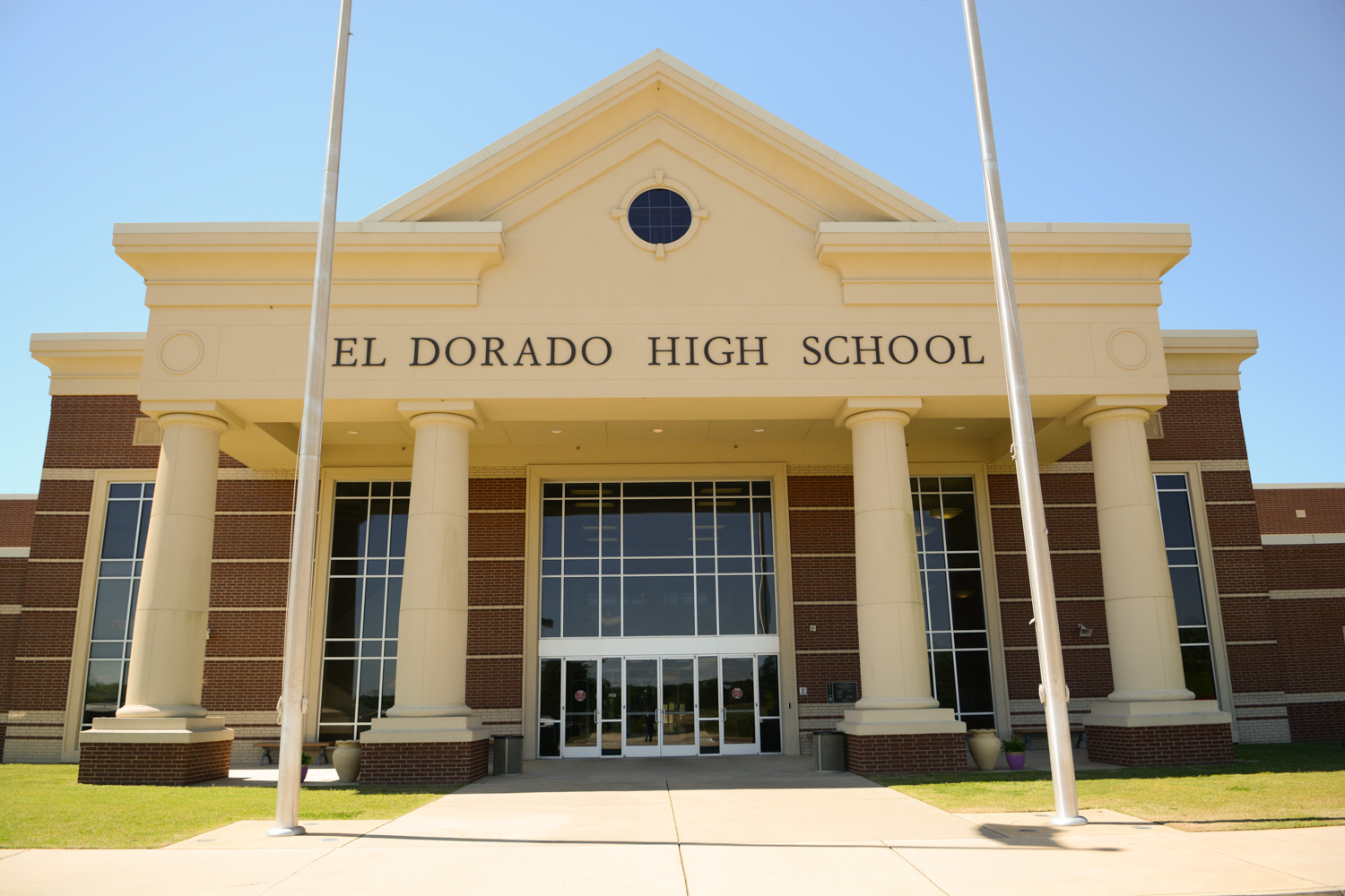 El Dorado Public Schools USD 490 | 124 West Central Ave. | El Dorado, KS  67042 | Phone: 316-322-4800 | FAX: 316-322-4801 | Login