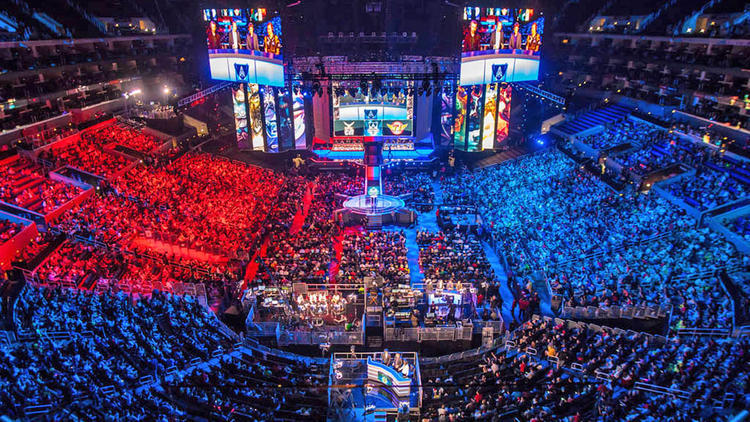 Huge esports crowd gathers in arena for tournament viewing