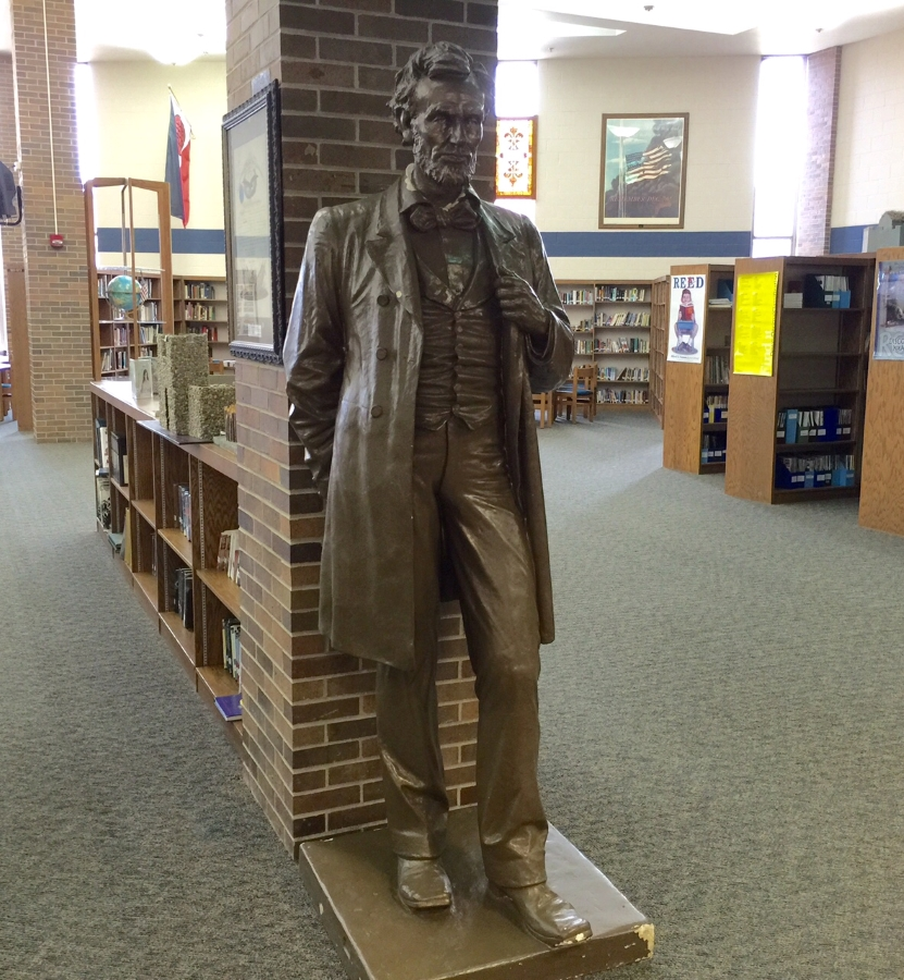 Lincoln Statue in LHS library